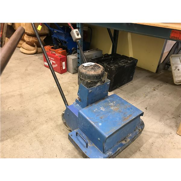 ELECTRIC CONCRETE FLOOR GRINDER WITH BOX OF POLISHING STONES