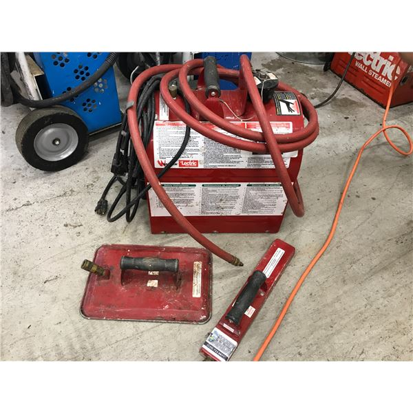 WARNER LECTRIC WALL STEAMER WITH 2 ATTACHMENTS & HOSE