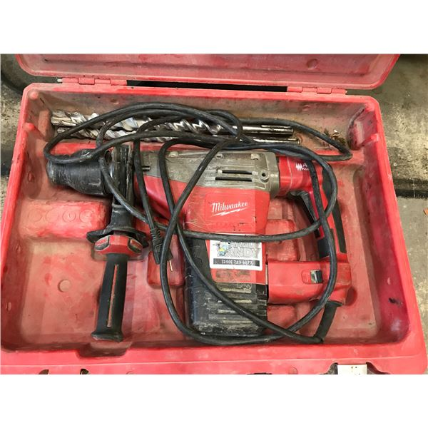 "MILWAUKEE 1 3/4"" SDS-MAX COMBI HAMMER DRILL MODEL 542671"