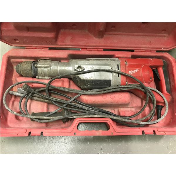 MILWAUKEE JACK HAMMER SDS-MAX MODEL 5342-20 WITH 2 BITS & CARRY CASE