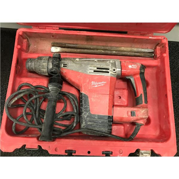 """MILWAUKEE  HAMMER DRILL 1-3/4"""" SDS-MAX MODEL 542621 WITH 2 BITS & CARRY CASE"""