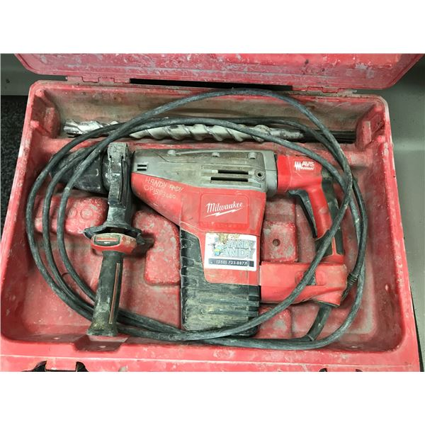"""MILWAUKEE  HAMMER DRILL 1-3/4"""" SDS-MAX MODEL 542621 WITH 1-1/4"""" DRILL BIT & CARRY CASE"""