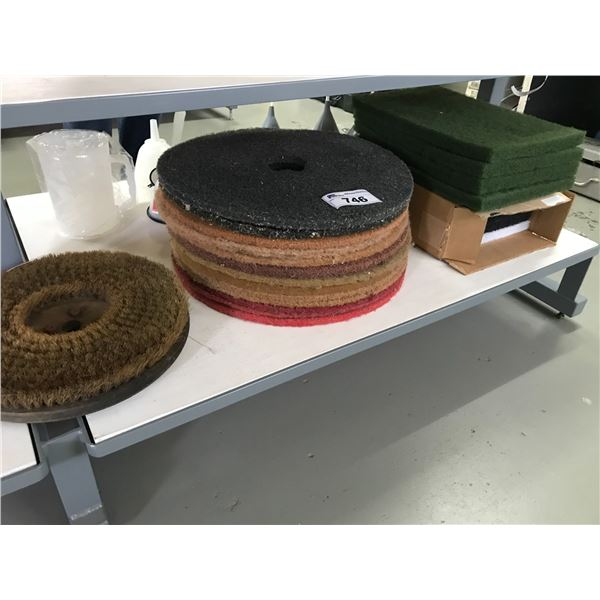 GROUP OF FLOOR POLISHING PADS (APPROX 20 PCS)