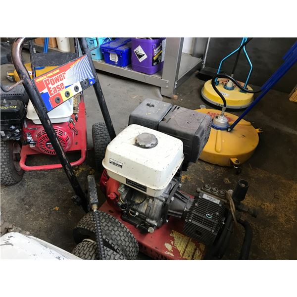 GAS POWERED 3000PSI PRESSURE WASHER WITH HONDA GX390 MOTOR WITH WAND & HOSE - MISSING OIL FILLER CAP