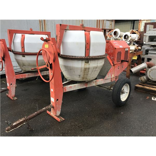 MULTIQUIP MODEL MC-92P TOW TYPE GAS POWERED CEMENT MIXER WITH HONDA MOTOR