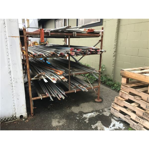 SECTION OF SCAFFOLDING WITH 5 DECKS - BRACES NOT INCLUDED