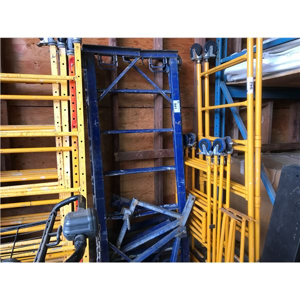 1 SECTION SPECIALTY SCAFFOLDING