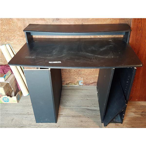 Desk Approx. 48 X 30 X 31 Inch