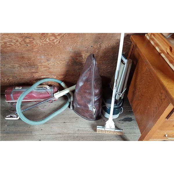 Vacuum & Mop & Carpet Cleaners