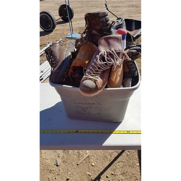 Lot Foot ware (Various Sizes)
