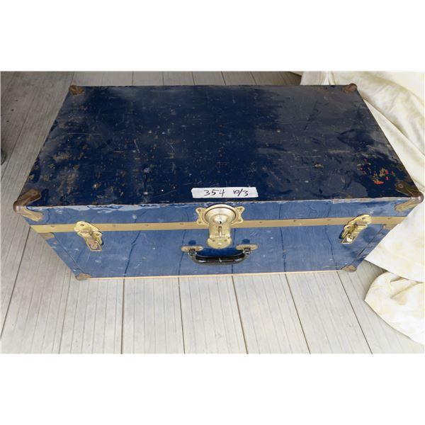 Vintage Trunk 30X16X13