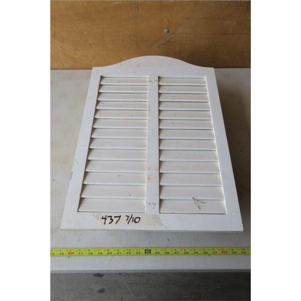 Slatted Door Medicine Cabinet