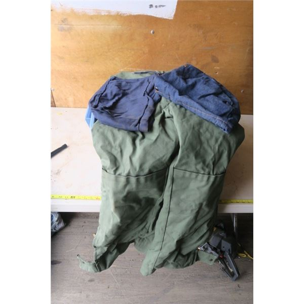 Marks Work Warehouse Snowsuit, Large, 2 Hoods and a Plastic Tote