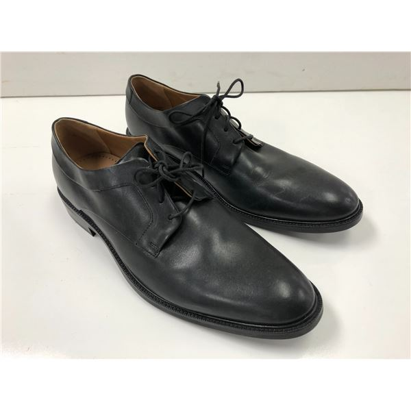 Pair of Cole Haan size 12 Warren Plain Ox black dress shoes (from movie set)