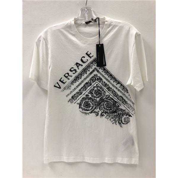 Versace ladies or men's t-shirt size XS