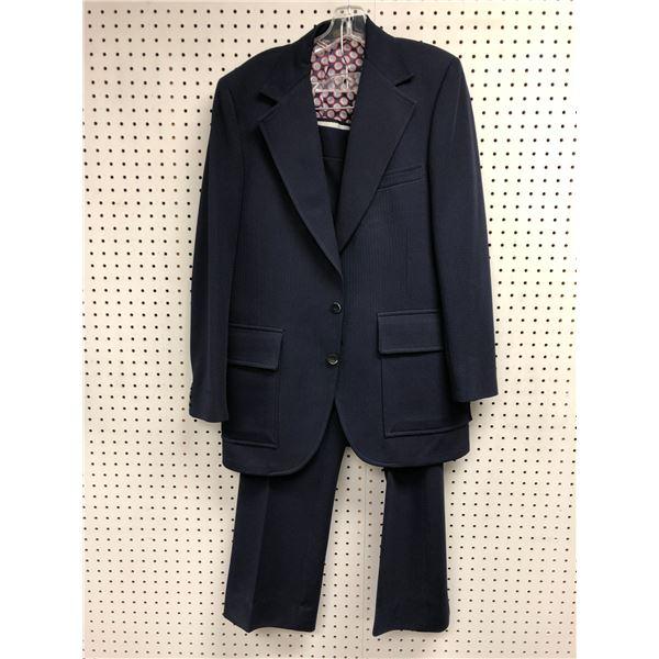 Hennington men's dark blue 2pc. suit size 50