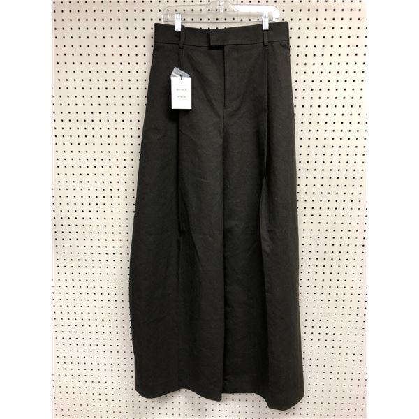 Bottega Veneta ladies pants size 32