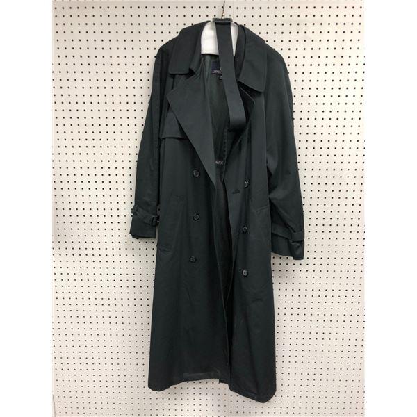 London Fog men's black trench coat size 40R