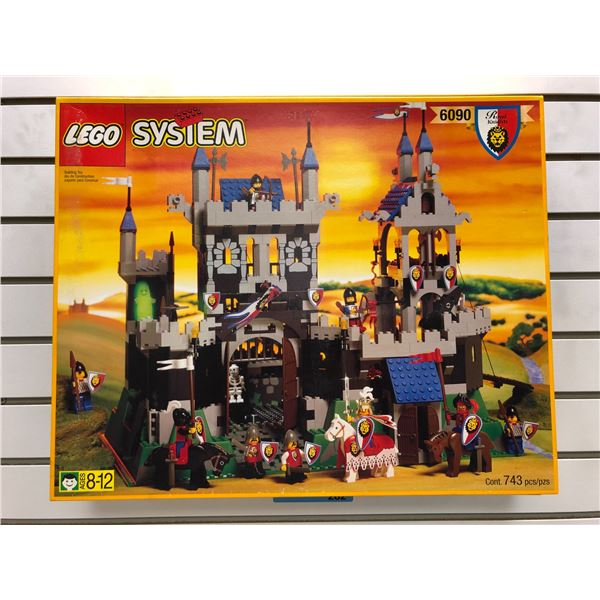 LEGO System 6090 Royal Knights - Royal Knights Castle 743 pcs. (NOS)
