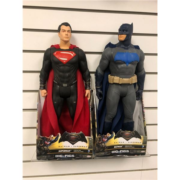 Pair of DC Comics Batman v Superman 19in action figures - Superman & Batman (Jakks Pacific in origin
