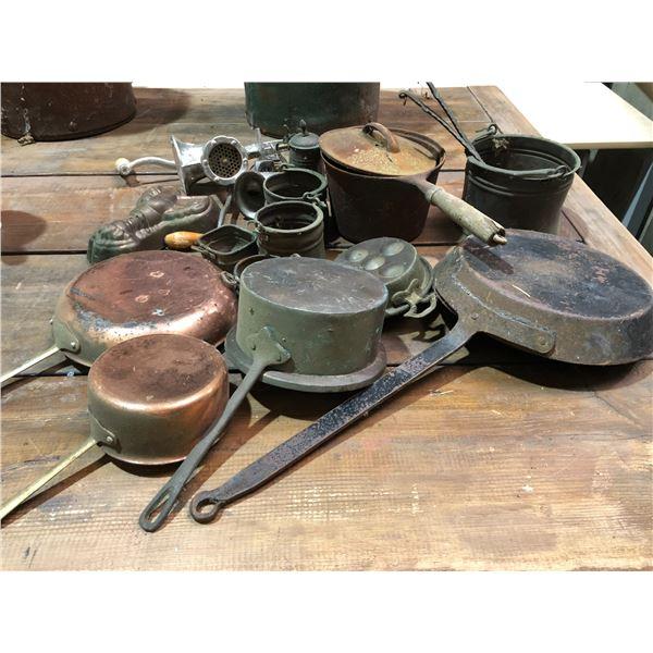 Large group of assorted vintage & antique cookware - pots/ pans/ meat grinders etc.