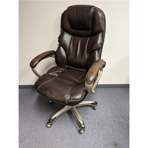 Brown leather executive office chair (few scuffs & worn marks present)