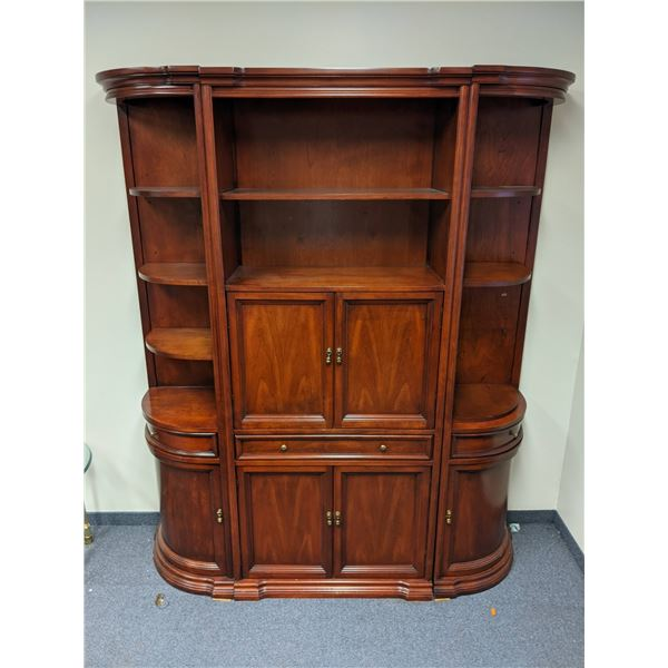 Three pc. wooden wall display cabinet set - approx. 6ft 6in tall x 5ft 4in wide x 1 1/2ft deep