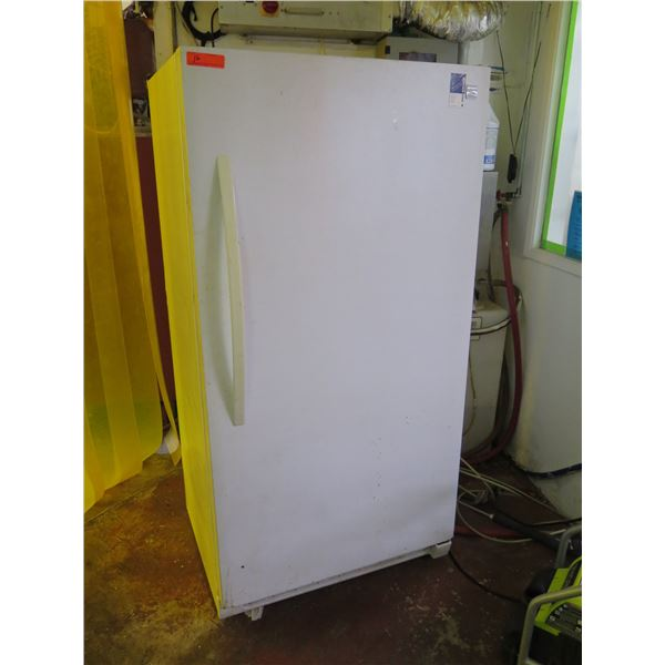 Kenmore Upright Refrigerator (needs cleaning)