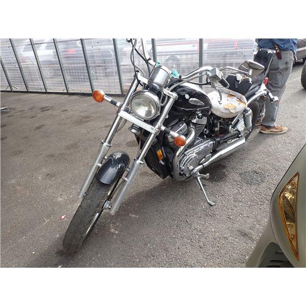 2003 Suzuki VS800