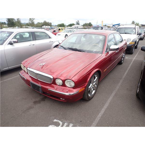 2005 Jaguar Super V8