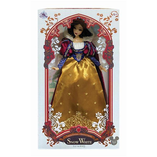 Snow White D23 Exclusive Limited Edition Doll.