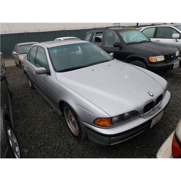 BMW 528I 1998 T-DONATION