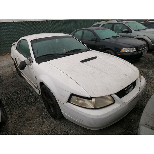 FORD MUSTANG 2002 SALV T/DONATION