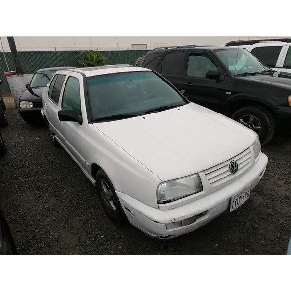 VW JETTA 1997 SALV T/DONATION