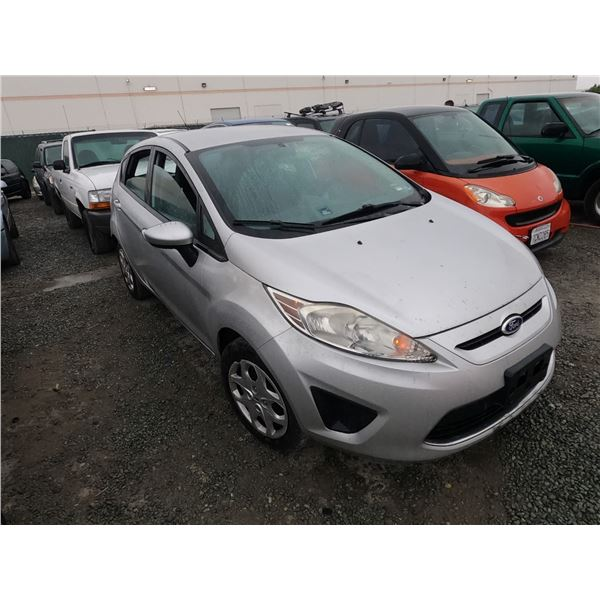 FORD FIESTA 2011 O/S-TITLE