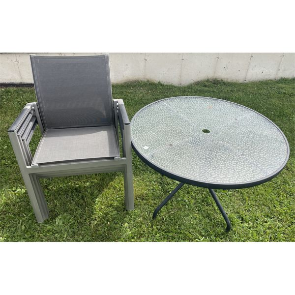 ROUND PATIO TABLE, 4 CHAIRS, LOUNGE CHAIR