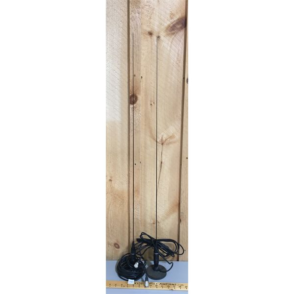 LOT OF 2 - MAGNETIC ANTENNA - 42 INCHES