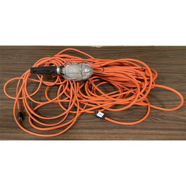 LOT OF 2 - EXTENSION CORD & TROUBLE LIGHT
