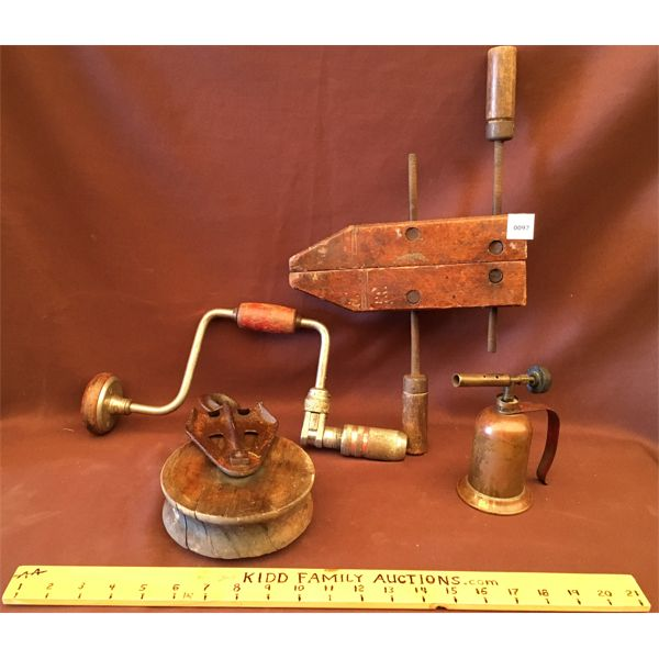 JOB LOT - WOOD CLAMP, PULLEY, BRACE AND BIT, TORCH