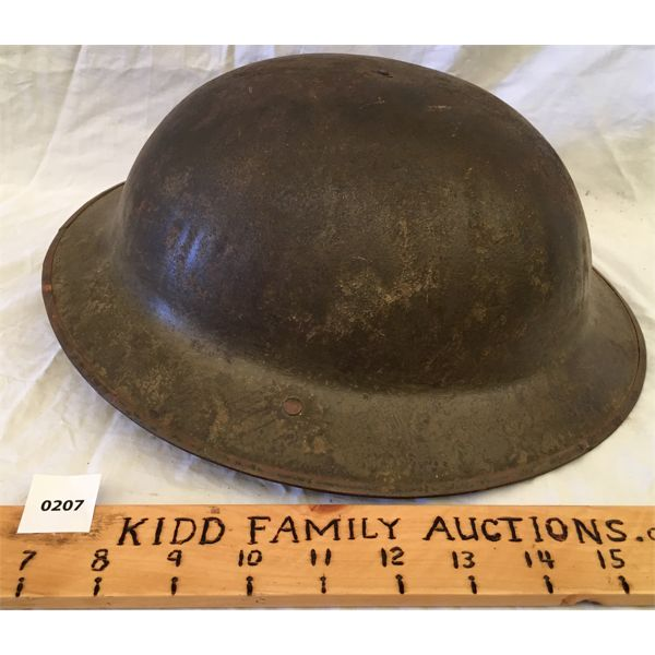 LOT OF 2 - WWI HELMET & AIR FORCE FLAG - 3 X 6 FOOT - SEE ALL PICS