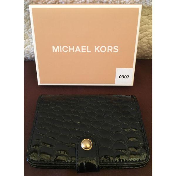 MICHAEL KORS - BLACK SCALE CLUTCH - AS NEW W/ ORIG BOX