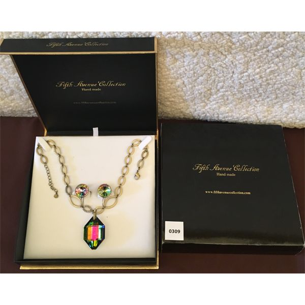 FIFTH AVENUE COLLECTION - MULTICOLOR GEMSTONE NECKLACE AND EARRINGS