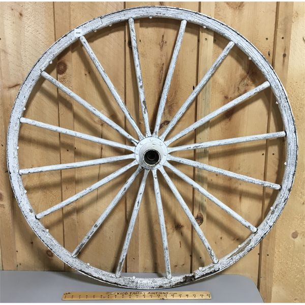 PAINTED WAGON WHELL - 41 INCH