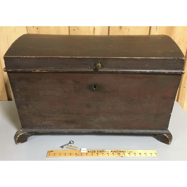 ANTIQUE WOOD DOME-TOP TRUNK W/ LOCK & KEY - 18 X 21 X 29 INCHES