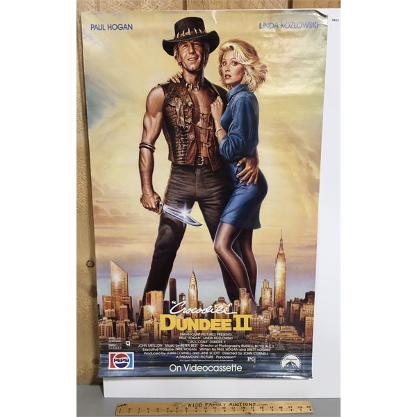 1988 CROCODILE DUNDEE 2 POSTER ON FILMCORE - 23 X 36 INCHES