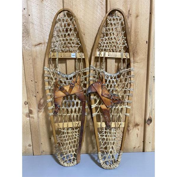 VINTAGE SET OF BEAR PAW STYLE SNOWSHOES - 36 INCHES - MADE IN CANADA