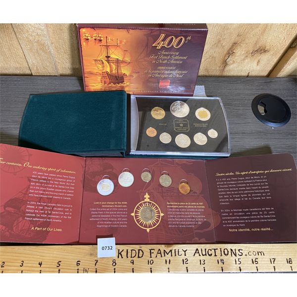 LOT OF 2 - CND 2004 PROOF SET AND COLLECTOR CARD