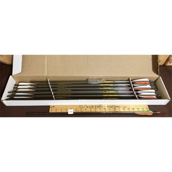 LOT OF 13 - GOLD TIP BRAND GRAPHITE ARROW SHAFTS - NEW