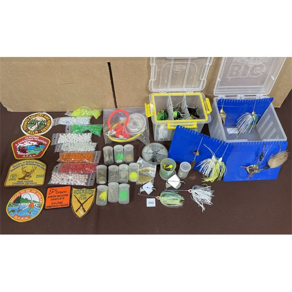 JOB LOT - MISC FISHING LURES, CRESTS & ACCESSORIES