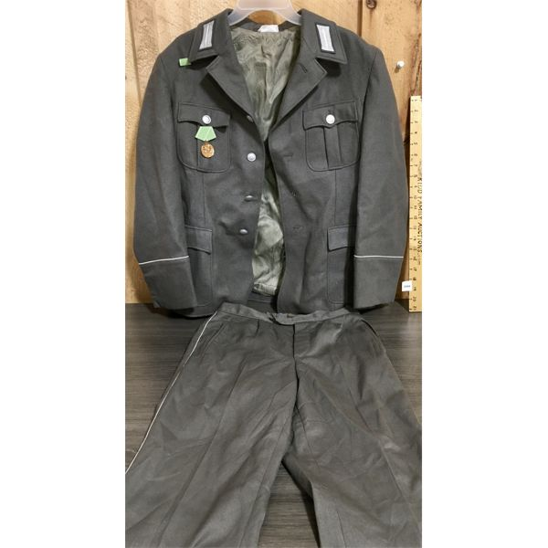 GERMAN MILITARY UNIFORM - WITH EXCELLENT SERVICE MEDAL